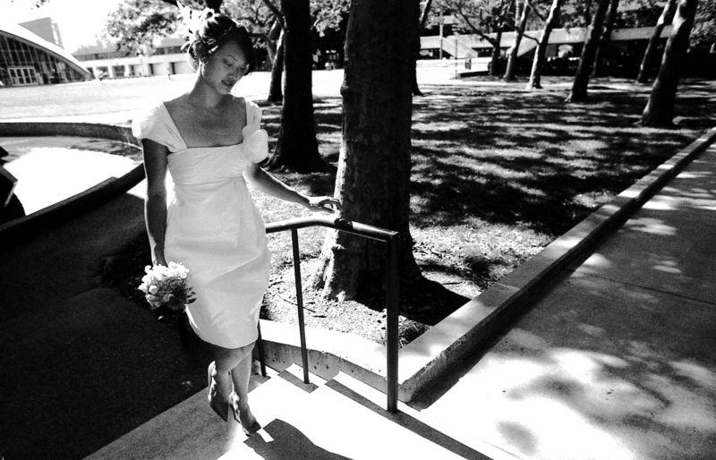 02 pre-ceremony - 02 Cynthia outside